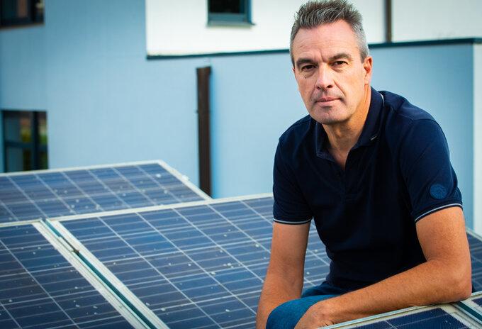 Overtollige stroom van zonnepanelen naar retailers